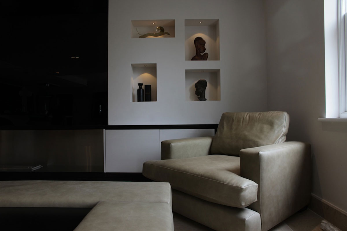 Media-wall-with-Haganau-heads1.jpg - Private Residence Glossop Residential Gallery - Definitive1 Interior Design