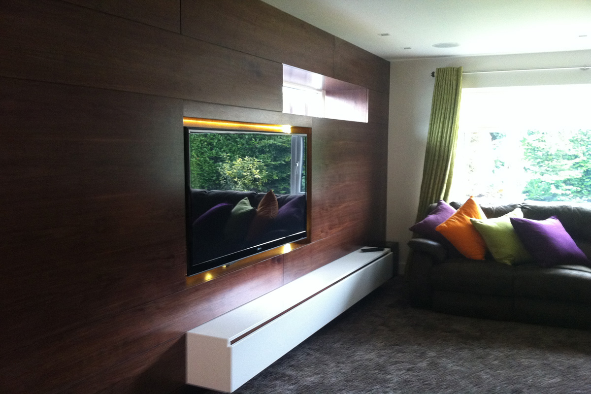 walnut-wall-with-inset-TV.jpg - Cheshire Residence Residential Gallery - Definitive1 Interior Design
