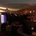 Holdi-restaurant-with-wave-ceiling