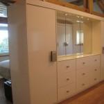 dressing-room-storage-wall-1
