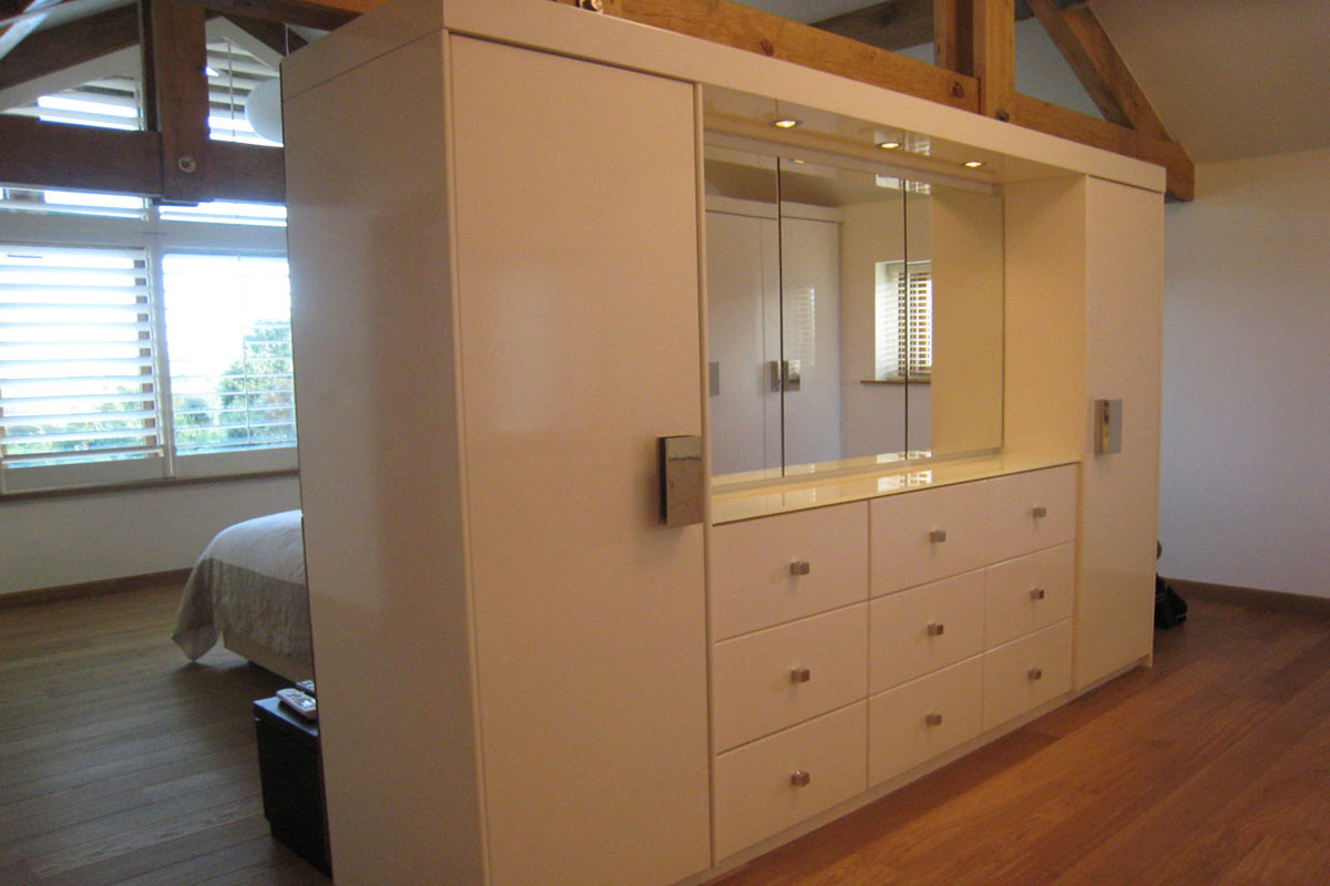 dressing-room-storage-wall-1.jpg - Built In Furniture Bespoke Gallery - Definitive1 Interior Design