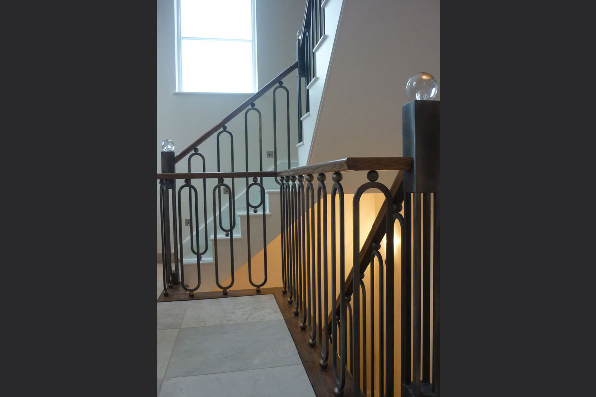 metal-staircase-with-oak-handrail.jpg - Staircases Bespoke Gallery - Definitive1 Interior Design