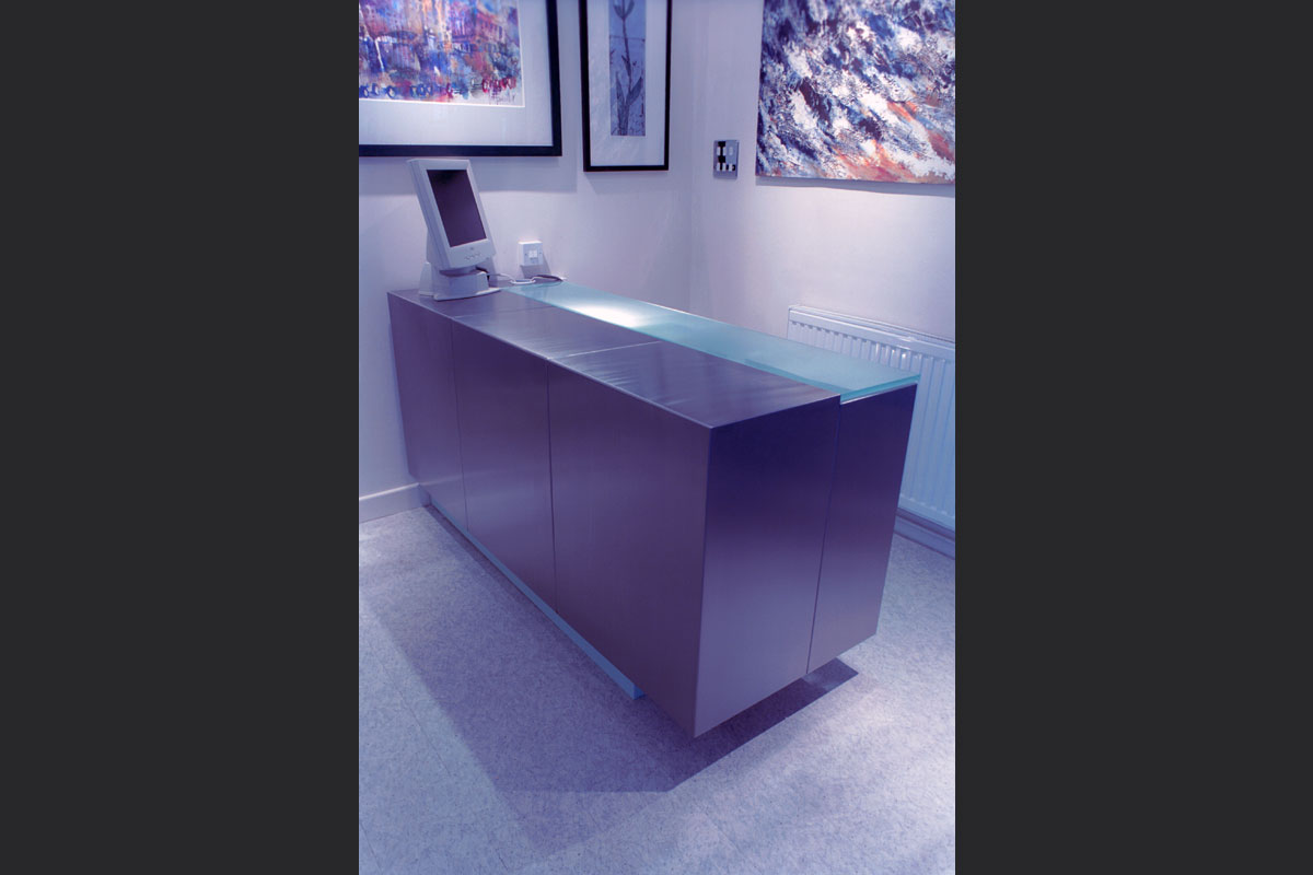 reception-desk.jpg - Desks And Cabinets Bespoke Gallery - Definitive1 Interior Design