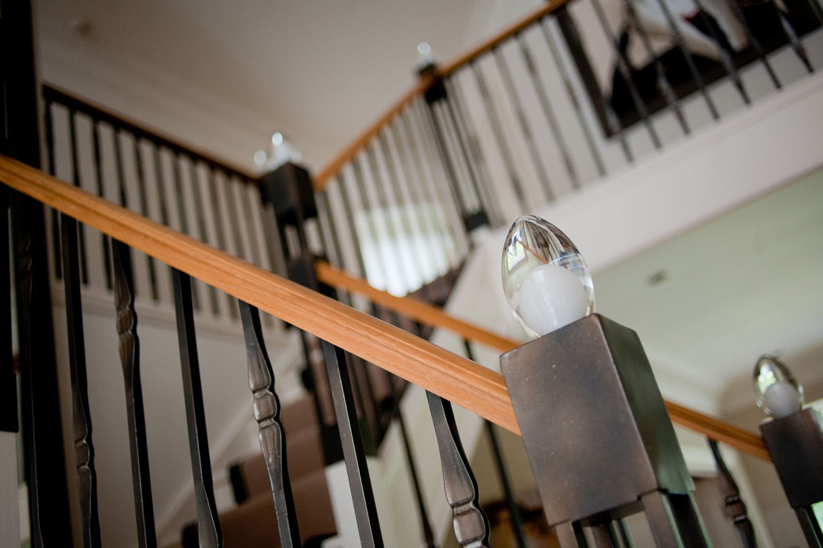 staircase-detail-showing-glass-newel-post.jpg - Staircases Bespoke Gallery - Definitive1 Interior Design
