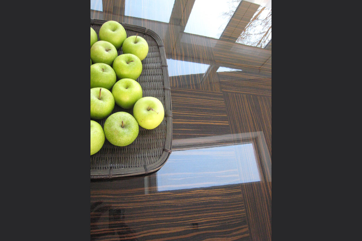 detail-of-chequer-pattern-veneered-table-top-piano-finish-lacquer.jpg - Tables Bespoke Gallery - Definitive1 Interior Design